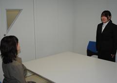 会議室を使用しての面接練習